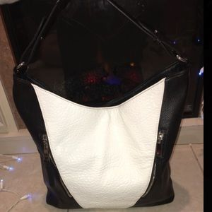 Kensi Black & White large shoulder bag